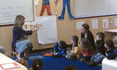 Jacklyn Jones, coordinator, preschool programs, reading to preschool students